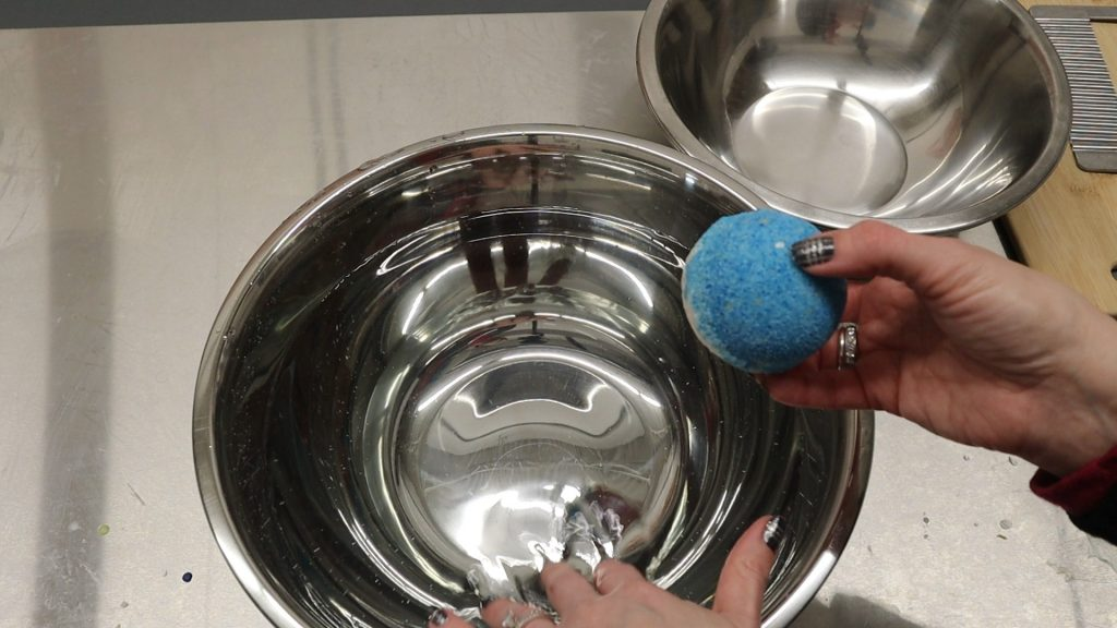 sketch basic shapes onto owl cookie